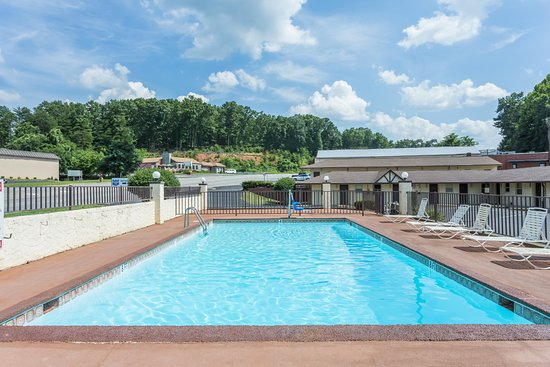 Knights Inn Collinsville : Welcome to Knights Inn, Collinsville, VA...Under New ownership