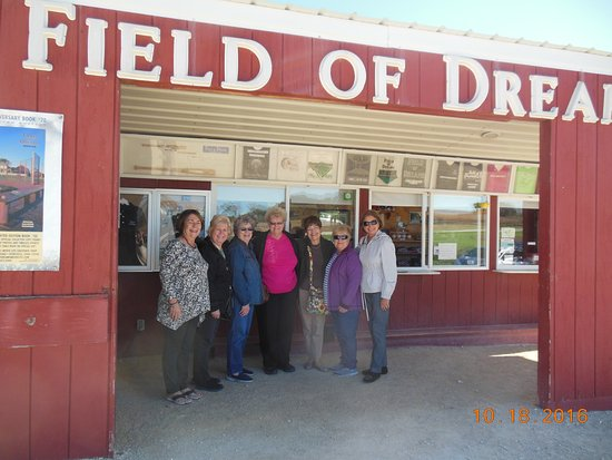 Dyersville, IA: Our Fall Trip to Iowa meeing a celebrity from the Field of Dreams.