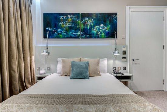Hotel 55: Double Room