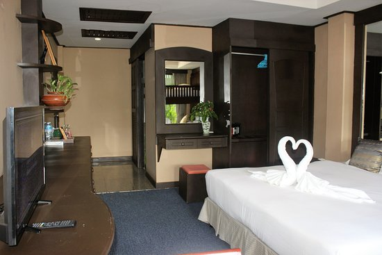Kelly's Residency: Deluxe Family Room - Perfect for those travelling with small family and value comfort