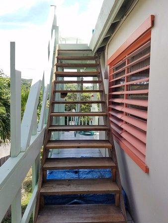 Genial Mango Fish Guesthouse: Main House Stairs To Roof Deck.