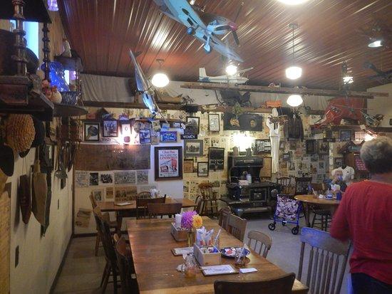 Fennville, MI: Dining Room