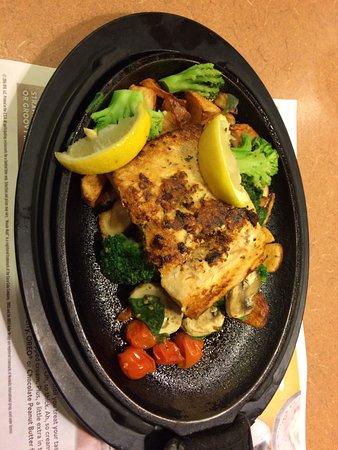 Tuba City, AZ: Regular Meal-Salmon