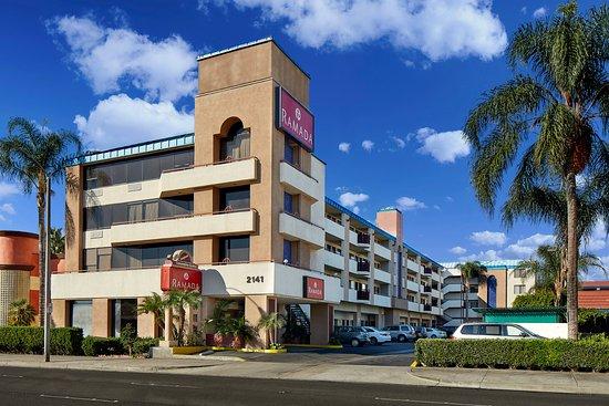 Ramada Anaheim Convention Center