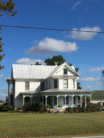 Hertford, NC: Jollification! Get your tickets for historic homes/sites tour, dinner, auctions and dancing! $20