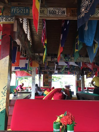 Sunshine's Beach Lounge: photo3.jpg