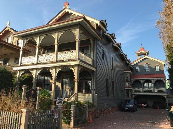 John Wesley Inn: photo1.jpg