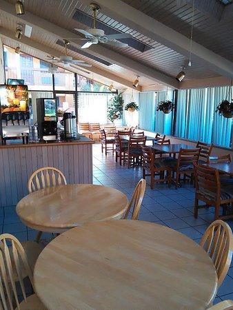 كواليتي إن آند سويتس: Breakfast Area