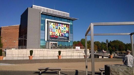 rock'n'popmuseum: rock n pomuseum