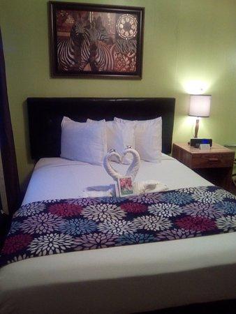 Sundance, WY: single room