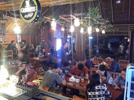 Tomohon, إندونيسيا: Kanzo coffee&resto