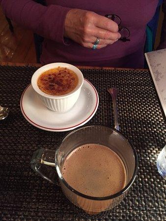 Hancock, ME: Creme Brulee & coffee