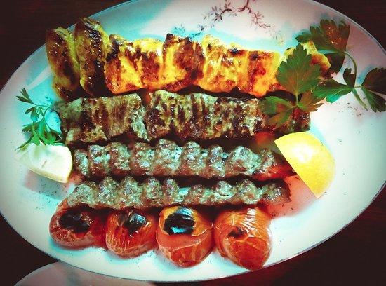 eingangsbereich im restaurant olivegarten persian cuisine billede af persisches restaurant. Black Bedroom Furniture Sets. Home Design Ideas