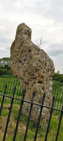 Chipping Norton, UK: and the King Stone...only fence aroud the stones