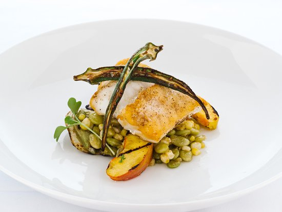 Джонсон-Сити, Теннесси: Nightly fresh catch specials with local vegetables.