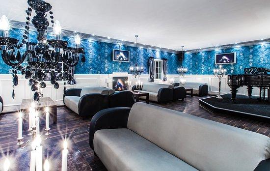 club virage osnabr ck mitarbeiter bei der arbeit bild. Black Bedroom Furniture Sets. Home Design Ideas