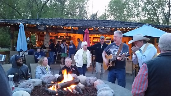 Bigfork, MT: Live Music at the Tiki Bar
