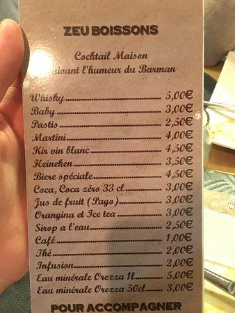 Aubagne, Frankrig: Restaurant sympathique et burgers très bon! J'avais pris avec le guacamole.