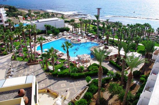Hotel St. George: Pool panoramic view