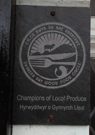 Reynoldston, UK: Local produce champion plaque