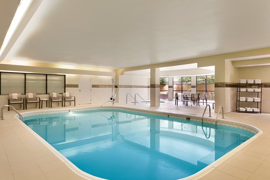 Normal, IL: Indoor Heated Pool
