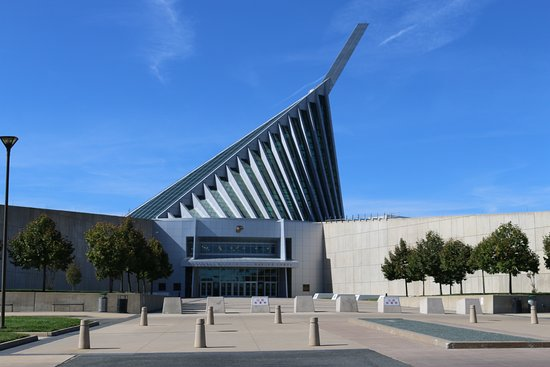 ‪National Museum of the Marine Corps‬
