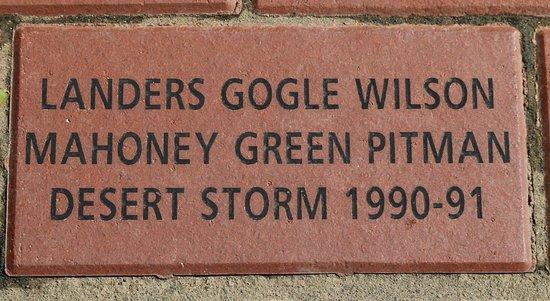 Triangle, Virginie : A brick honoring my comrades