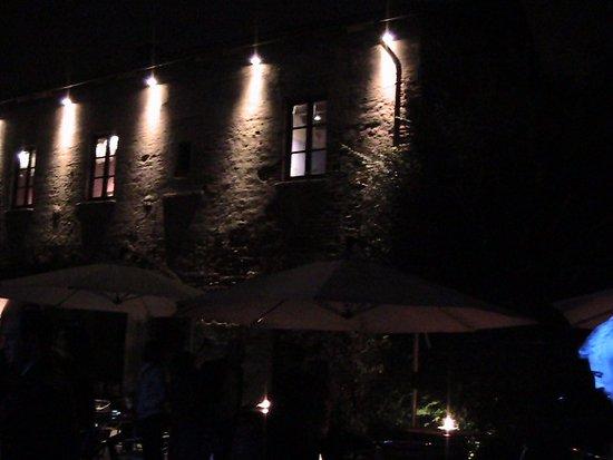 Illuminazione esterna picture of la fata verde ristorante
