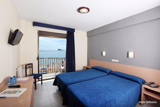 Hotel Bilbaino: Habitación Vista Frente al Mar
