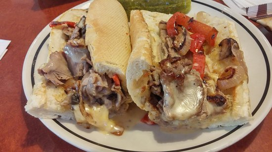 Ранчо Кукамонга, Калифорния: Steak & Cheese Hogie ($9.49)