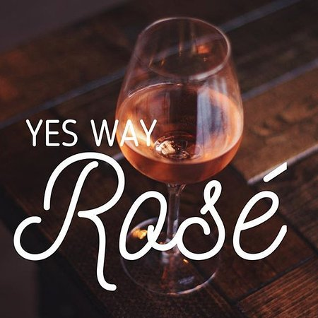 Hastings, NE : Rose Wine