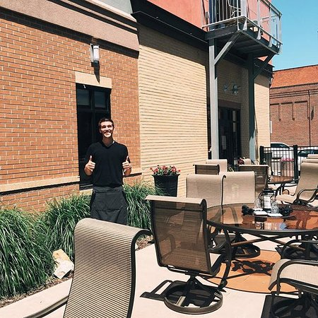 Hastings, NE: Patio