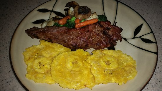 Palmer, เปอร์โตริโก: Churrasco, Fresh Veggies y Tostones