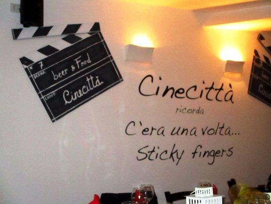 San Gregorio di Catania, Italien: ...ricordate lo Sticky fingers? ...che tempi!