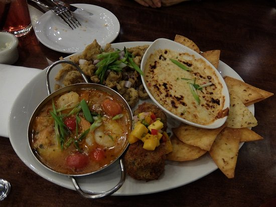 Port Moody, Canada: Seafood platter for 2