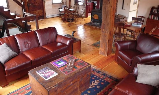 Woodstock, VT: Enjoy a cup of hot cocoa in front of the wood burning stove or play one of our many games.