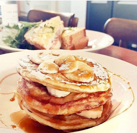 Cafe Madeleine: pancakes