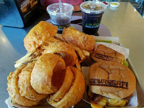 Оберн, Алабама: Burger and Cry+Fry