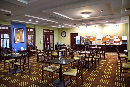 Saint Charles, MO: Breakfast Room