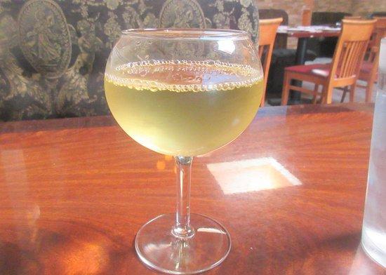 Chardonnay, Taverna Bistro, Sunnyvale, Ca