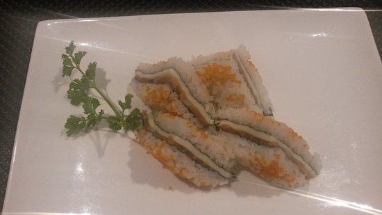 Rescaldina, Italie : Tramezzini di sushi