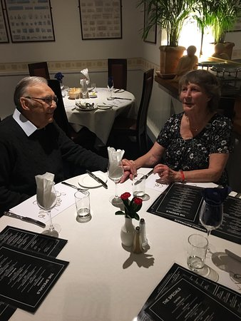 Clevedon, UK: Lovely evening with my parents , the service , atmosphere, and the food can't be faulted . Thank