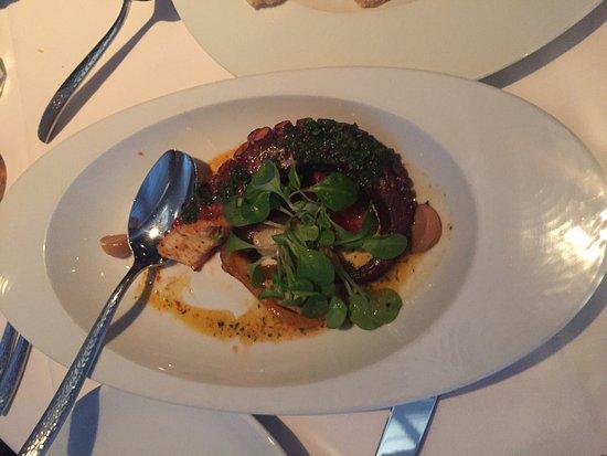 Cedar Knolls, NJ: Excellent seafood restaurant
