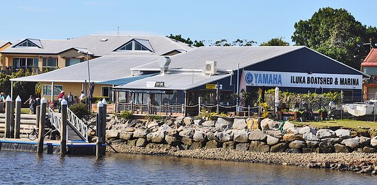Iluka, Австралия: Marracas at the wharf
