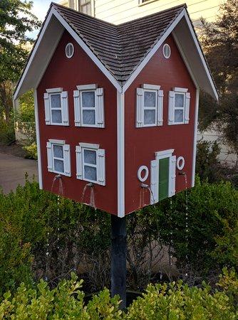 MacArthur Place - Sonoma's Historic Inn & Spa: Fantastic property.