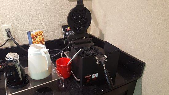 Cedar Park, Τέξας: Texas-shaped waffle maker!