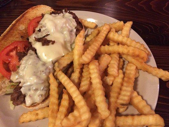 Corinth, MS: Steak sandwich and taters