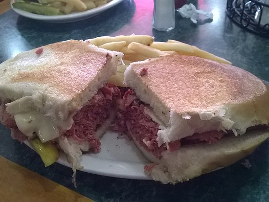 Tony's I-75 Restaurant: Basic pastrami sandwich. It was large, but not that exciting.