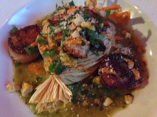 Glen Allen, VA: Beautiful presentation! Sweet corn tamal with shrimp and scallops
