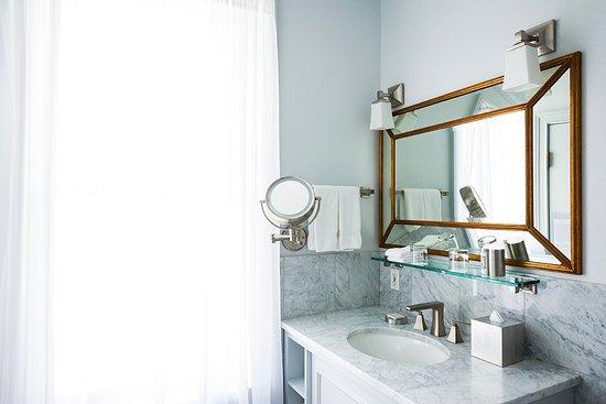 Mansion Petite Suite bathroom at Hotel Ella